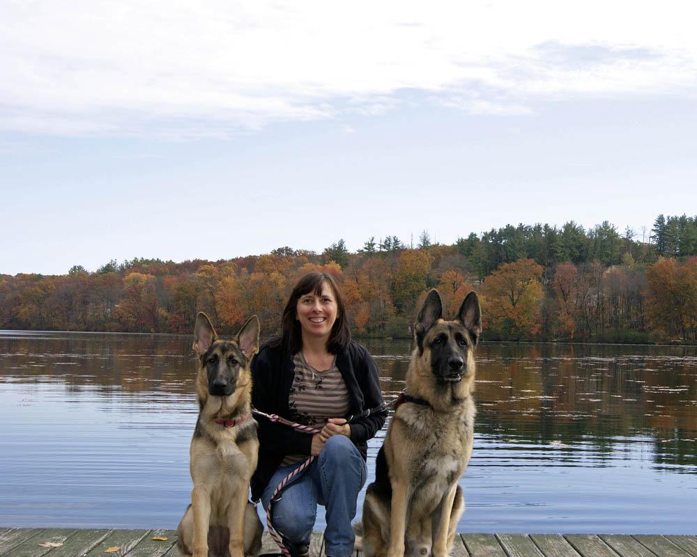 Hudson & Ava by the lake